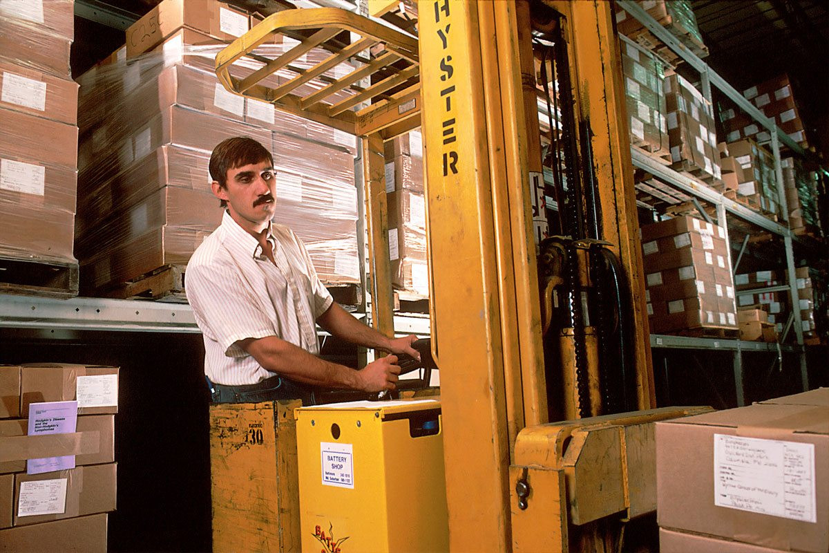 Using ERP Software To Improve Order Fulfillment In Your Warehouse